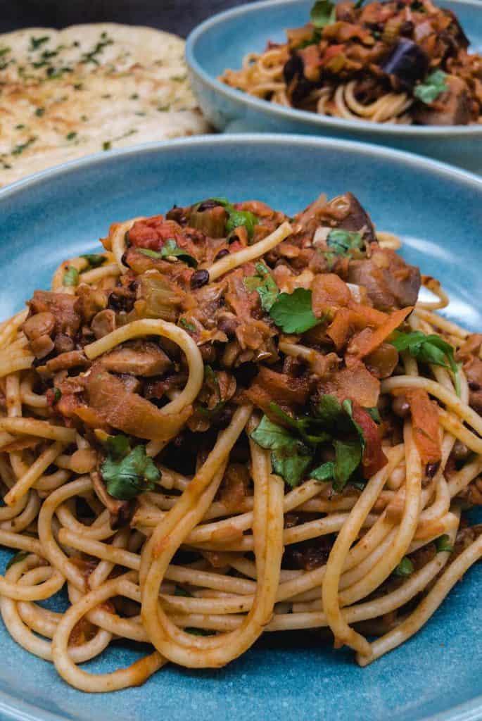 Lentil vegan Spaghetti bolognese and garlic bread