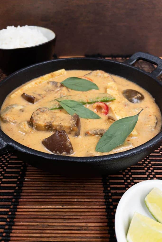 A bowl of vegan Thai red curry freshly cooked
