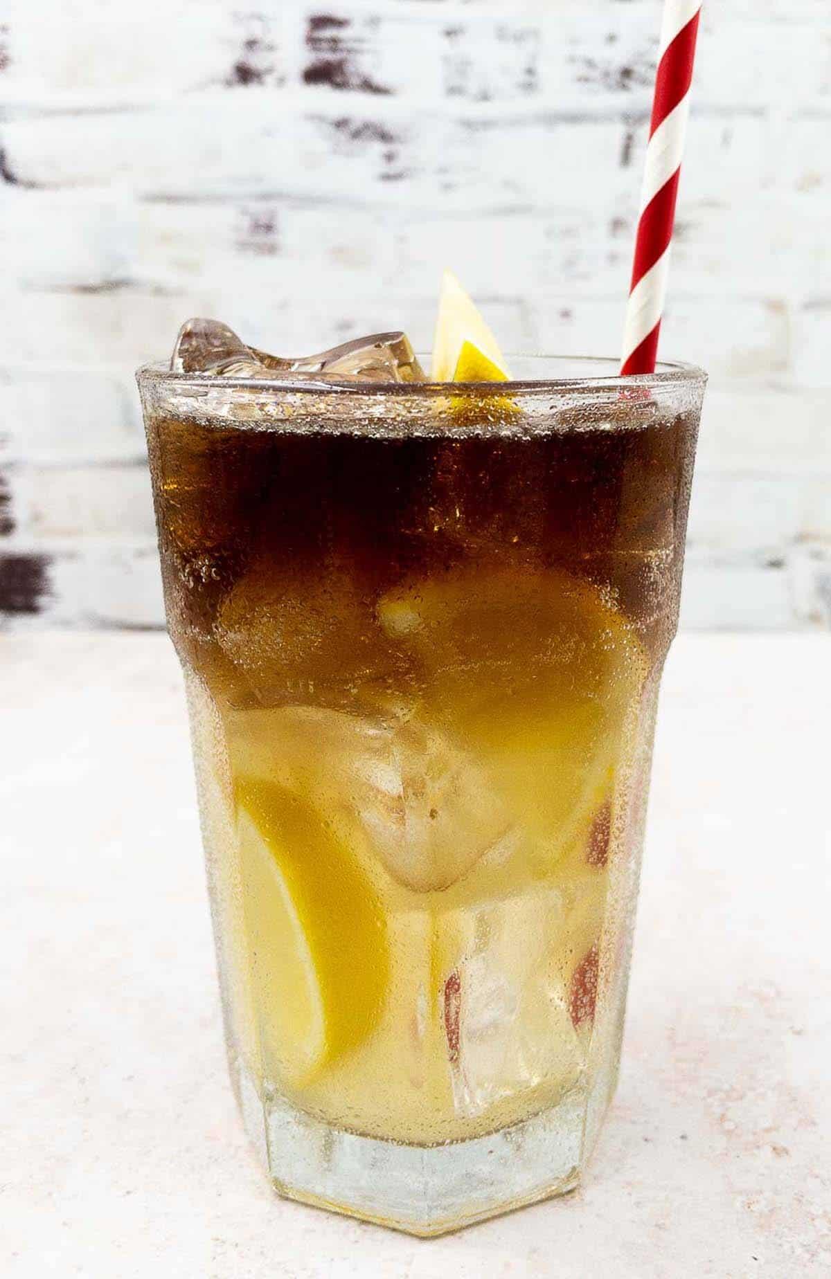 Long Island iced tea cocktail drink.
