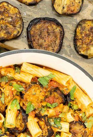 pasta à la norma with eggplants.