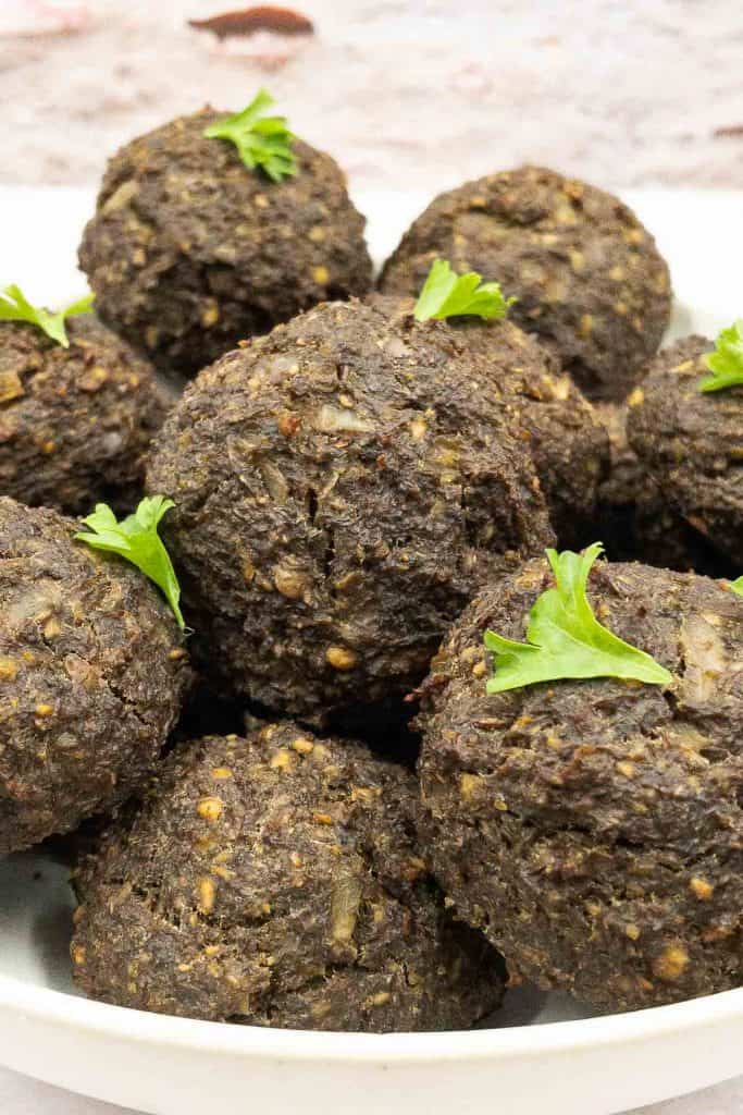Homemade delicious vegetarian meatballs with parsley.